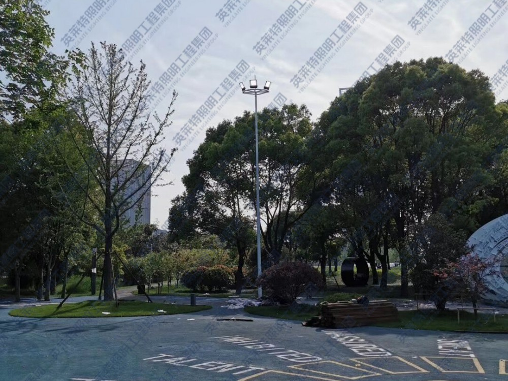 扬州李宁体育公园广场灯